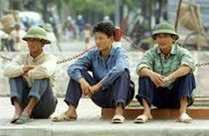 03-  Ngu_i nông dân không mu_n r_ thành k_ th_t nghi_p ng_i d_u du_ng