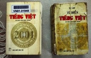 01-Hai bìa sách khác nhau tuy cùng có logo NXB Tr_.