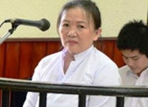 03- Bà Ðào ch_p qu_n lên d_u ông chánh án