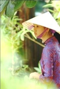 05- Hay cung co the la co gai ao tim xu Hue kia