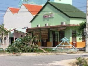 Quán ăn nơi được cho là cán bộ TP. Tam Kỳ - Quảng Nam ăn nhậu trong khi dân đang phải chống chọi với bão lũ.