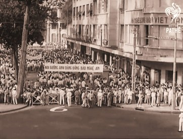 Sài-Gòn-biểu-tình-chống-Cộng-1956-1